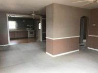 351-565514 living room-