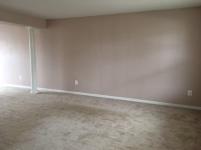 351-458545 LIVING ROOM