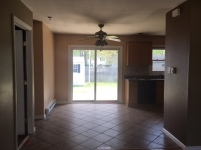 351-555024 EAT IN KITCHEN AREA