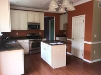 351-579560 kitchen 3