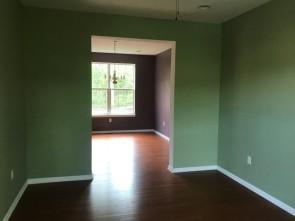 351-579560 sitting room